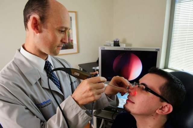Эндоскопия носа – что это такое, как проводится?