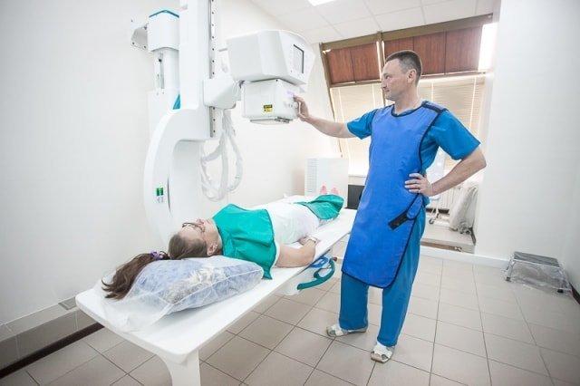 Можно ли делать рентген при месячных?