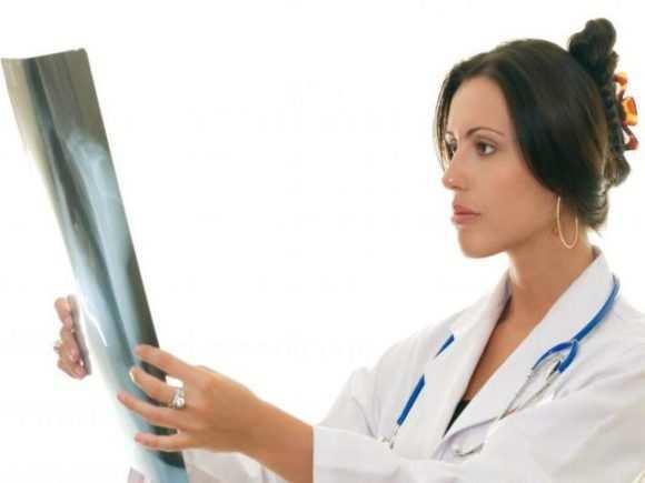 Рентген при грудном вскармливании: можно ли кормящей маме?