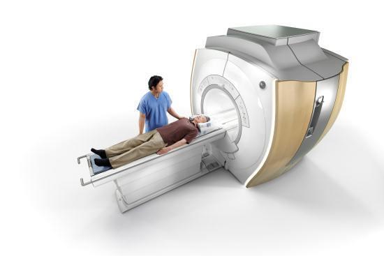 Как проходит МРТ головного мозга, сколько длится?
