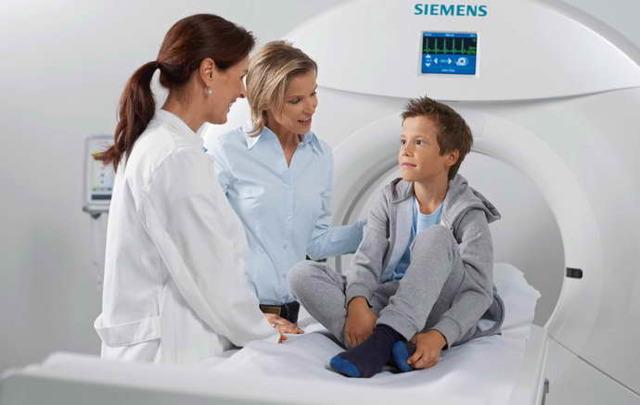Как делают КТ головного мозга детям?