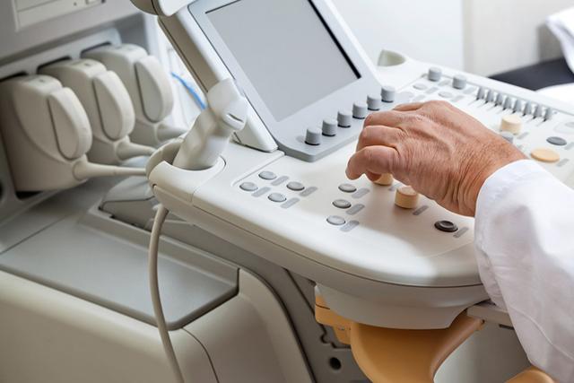 УЗИ плевральной полости и легких – что показывает в норме, при патологии?