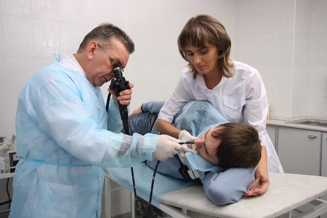 Как правильно дышать при гастроскопии (ФГДС) желудка?